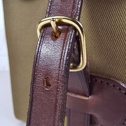 Original Peter buckle detail showing high quality hand made in England manufacturing techniques.