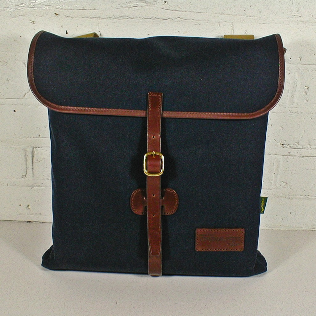 Original Peter Utrecht Record Hunting Bag (Navy), front view